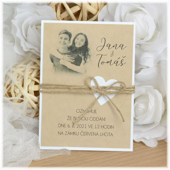 Kraft invitation with picture