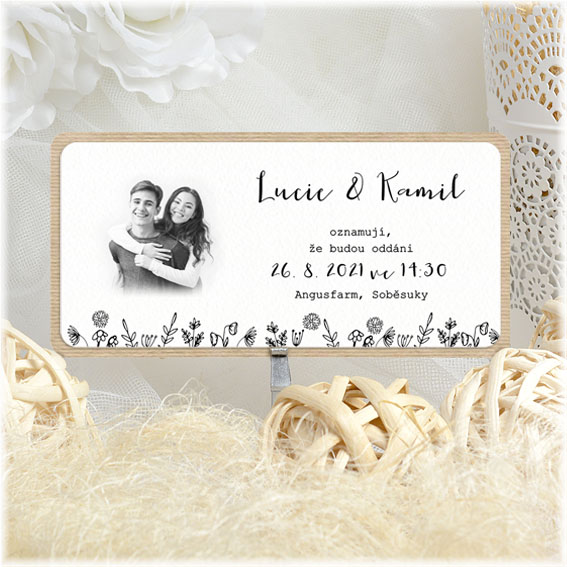 Kraft wedding invitation with photo