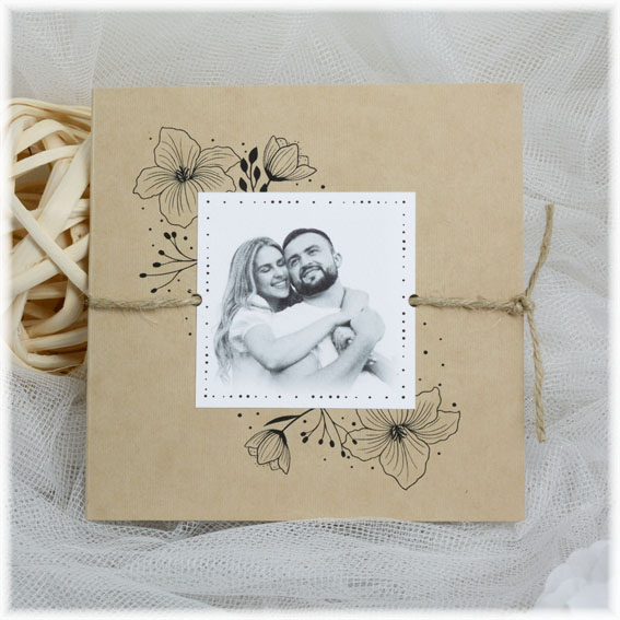 Wedding invitation with photo and string