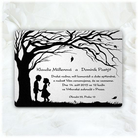 Couple under the tree wedding invitations